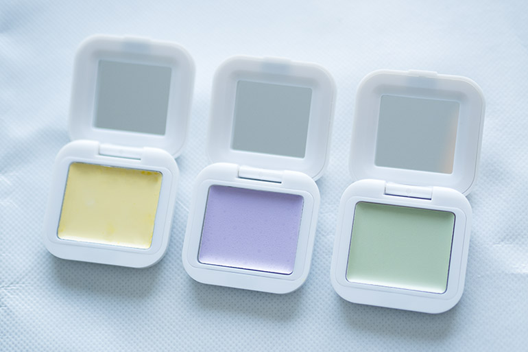 Models Own Colour Correcting Concealer swatch