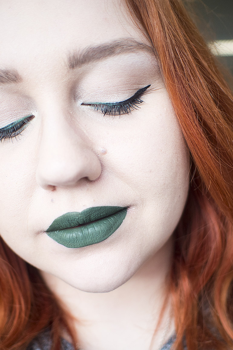 Jeffree Star Velour Liquid Lipstick Crocodile Green makeup
