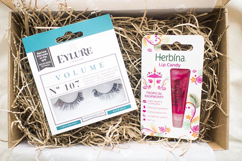 Bette Box Huhtikuu 2017 Eylure Herbina