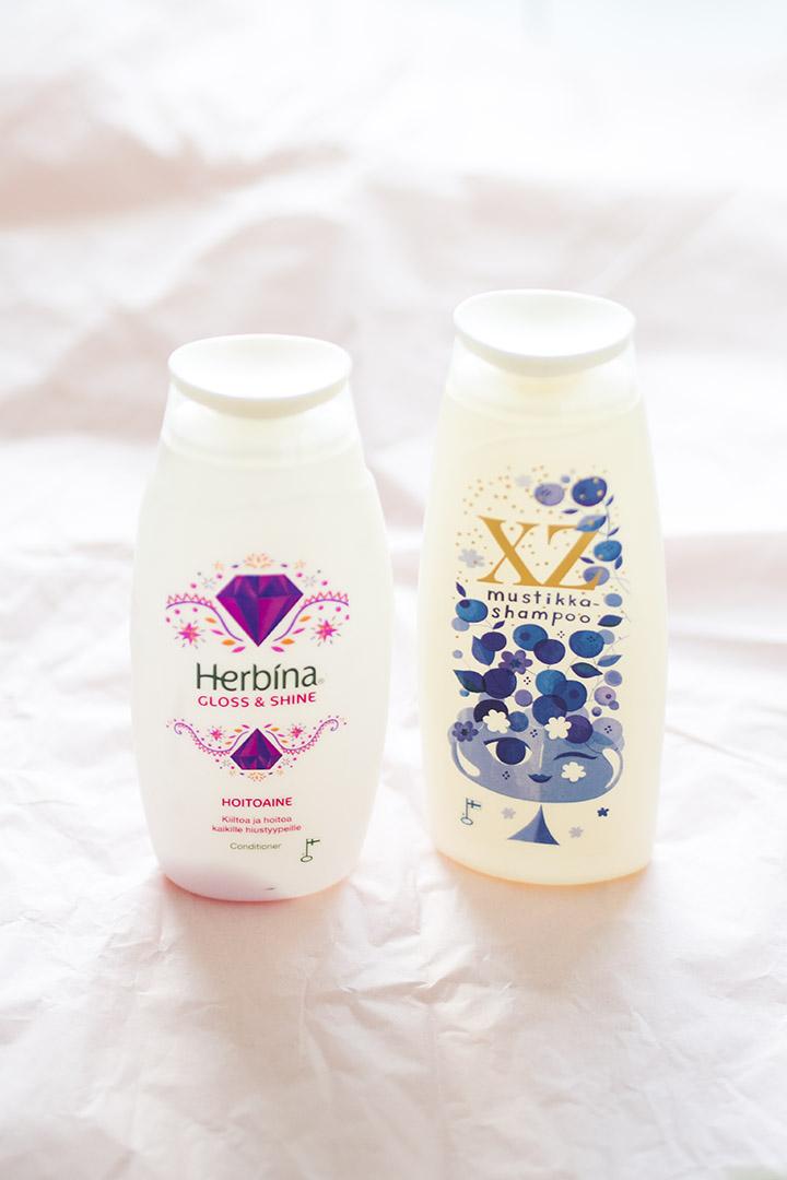 Herbina Gloss & Shine hoitoaine XZ Mustikka shampoo