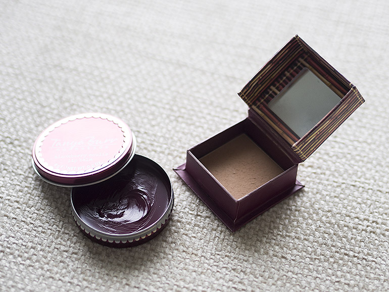 Tanya Burr Cosmetics Benefit Hoola