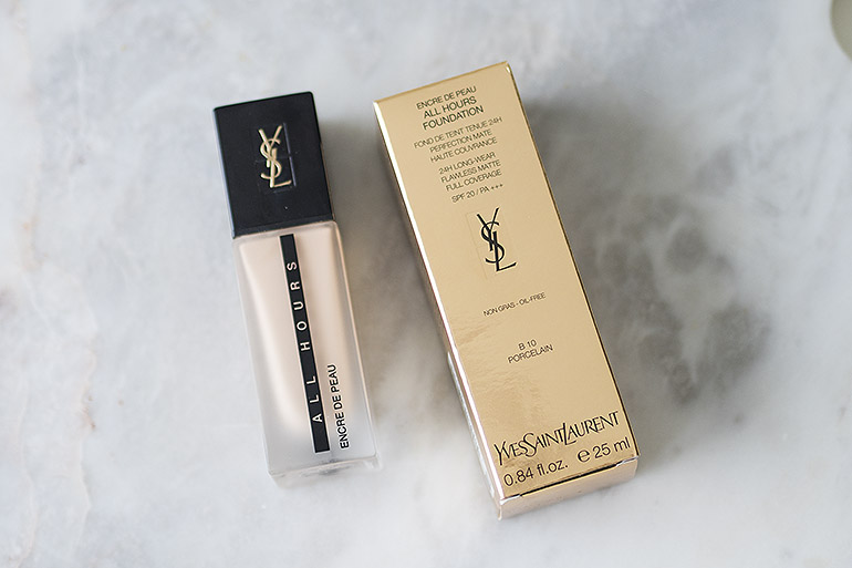 YSL All Hours meikkivoide B10 Porcelain