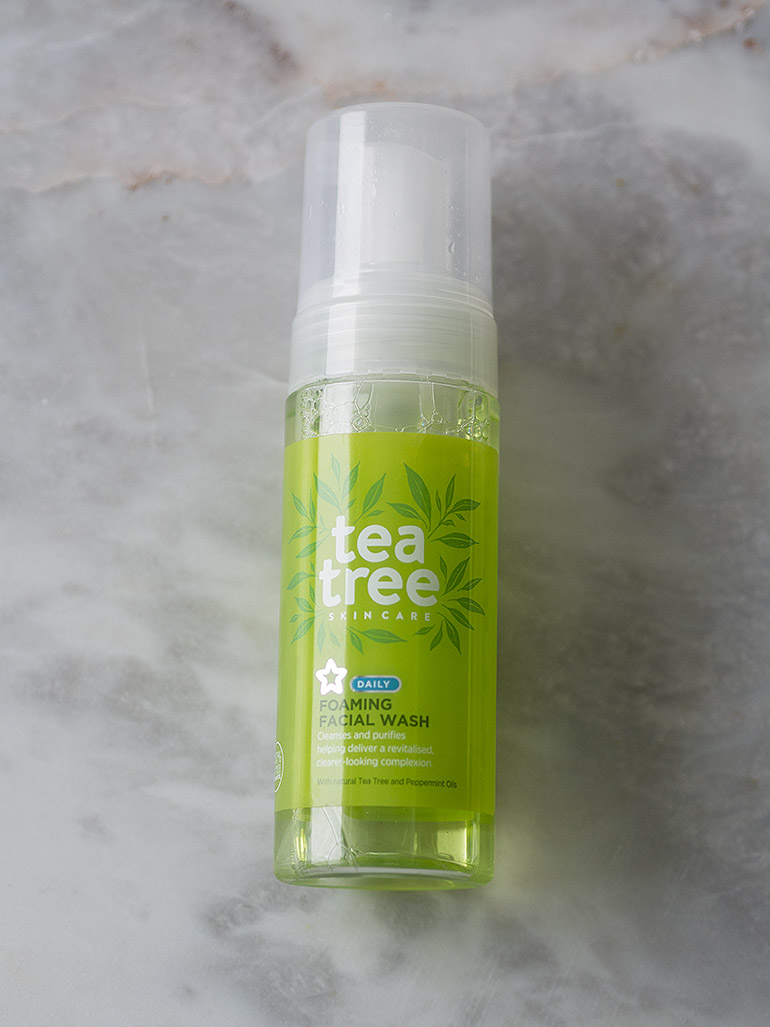 Tea tree peppermint foam