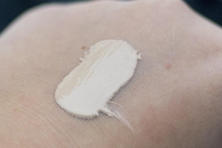 Shiseido Synchro Skin Self-Refreshing -meikkivoide swatch