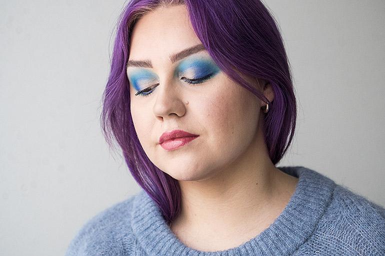 Itsenäisyyspäivän sininen meikki