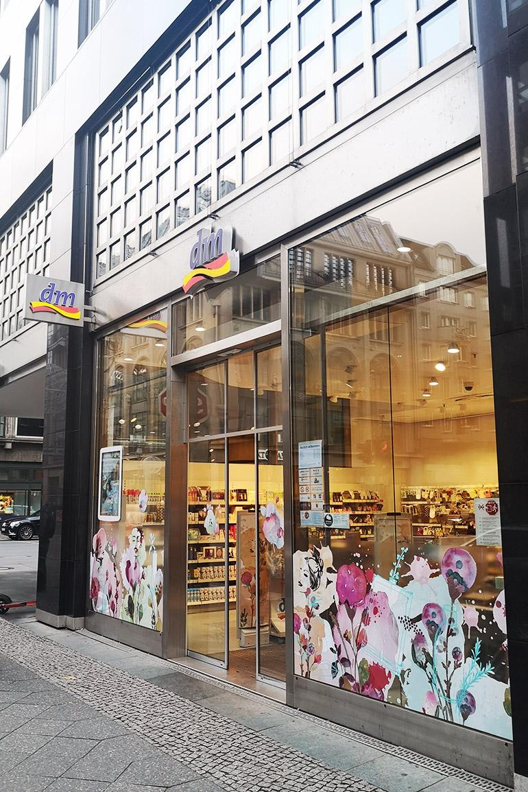 DM Douglas Kosmetiikkashoppailu Berliinissä Saksassa