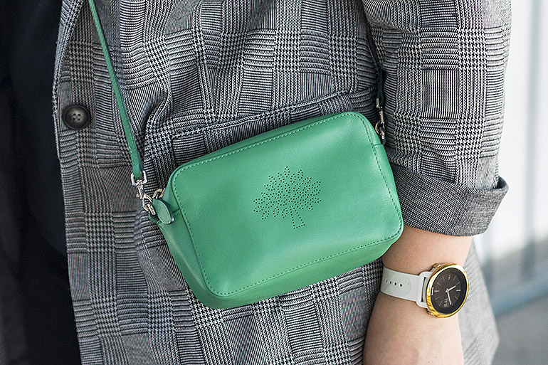 Mulberry Blossom Pochette (Jungle Green)