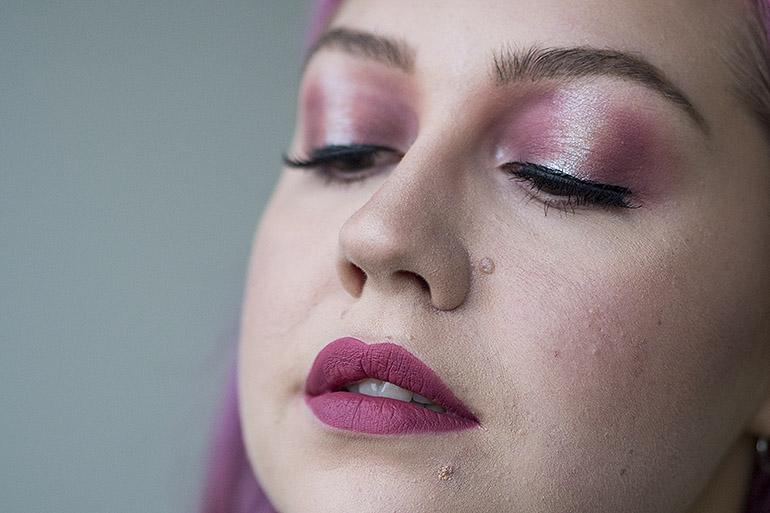 Huulipuna maskin alle maybelline matte ink nestemäinen huulipuna