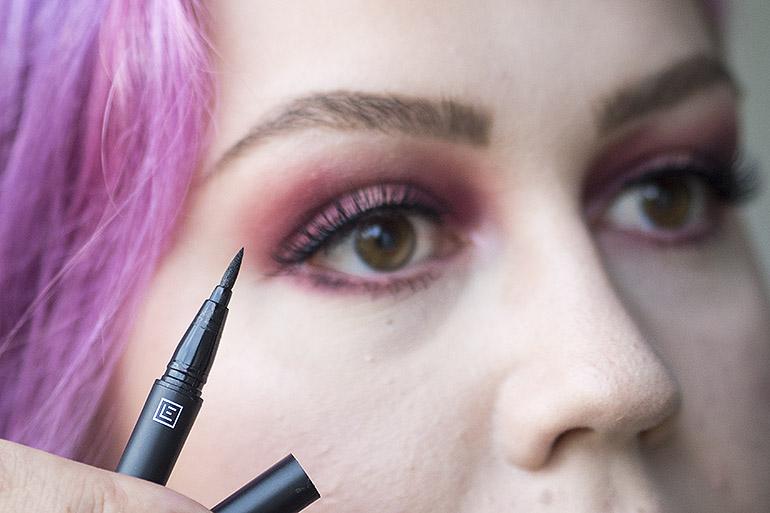 helppo pikkujoulumeikki Eylure irtoripset Luxe 6D Line & Lash Adhesive Pen